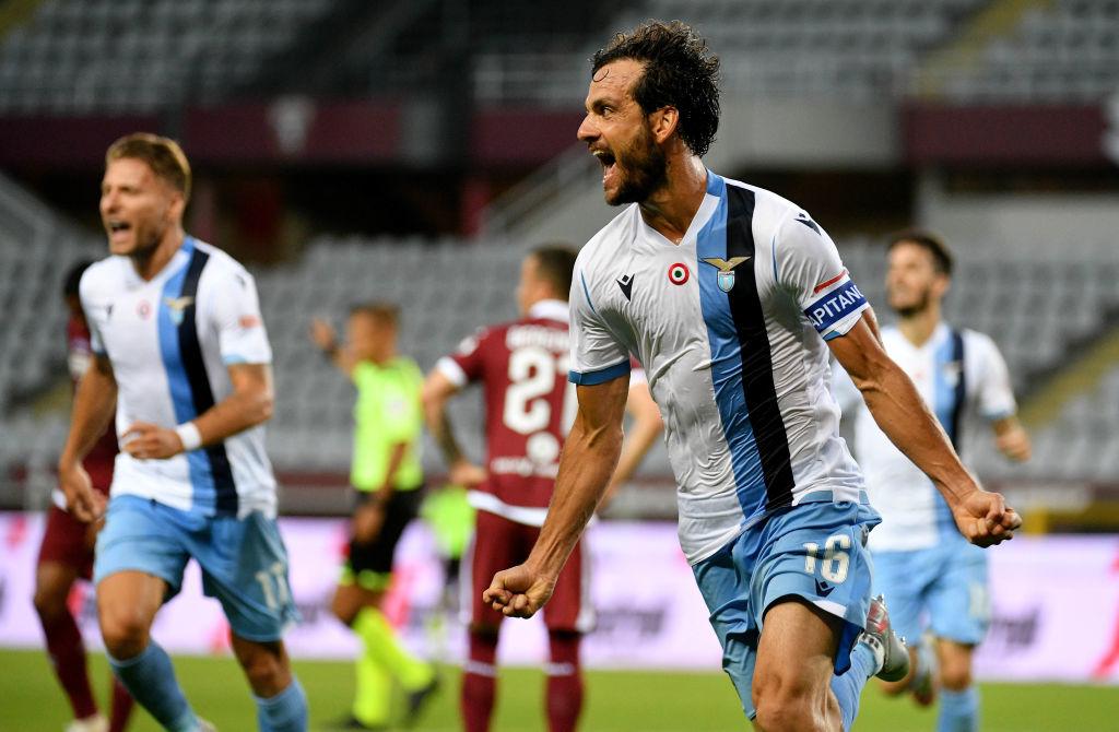 Лацио одержал волевую победу над Торино, продолжив борьбу за чемпионство