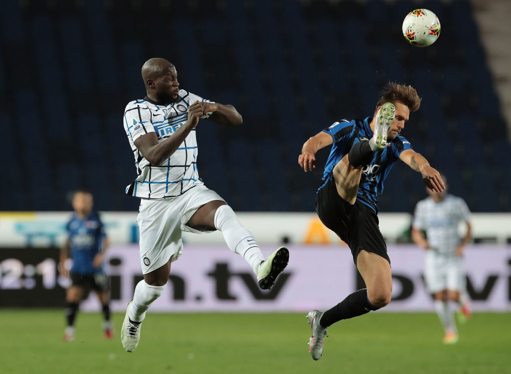 Интер переиграл Аталанту Малиновского и отстал от Ювентуса на одно очко