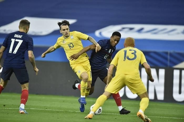 Сборная Украины в матче против Франции