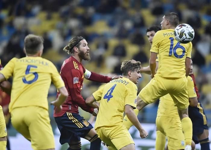 Украина одержала сенсационную победу над Испанией