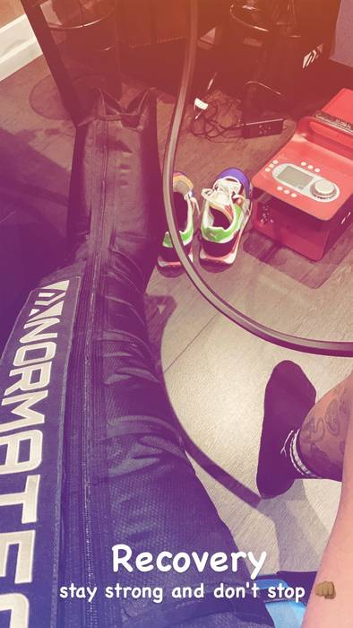 Неймар восстанавливается после травмы / instagram.com/neymarjr