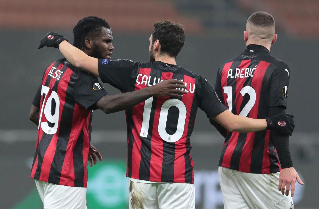 Милан в ярком матче обыграл Селтик и вышел в плей-офф Лиги Европы