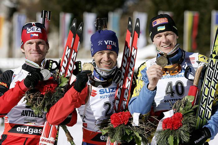 Андрей Дериземля (справа) с бронзовой наградой ЧМ-2007