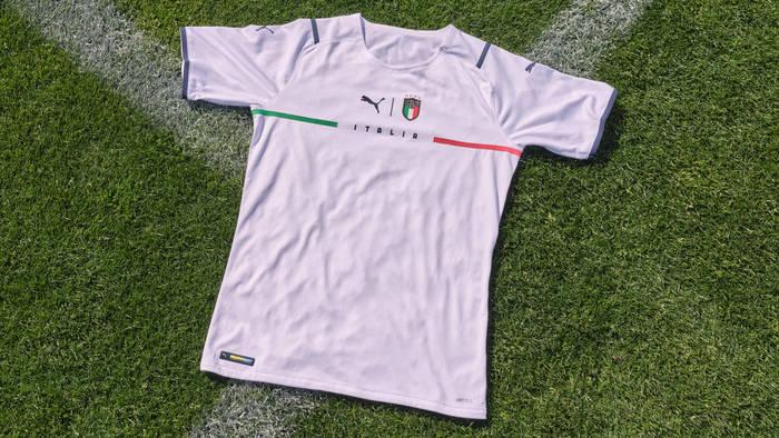 Новая форма сборной Италии