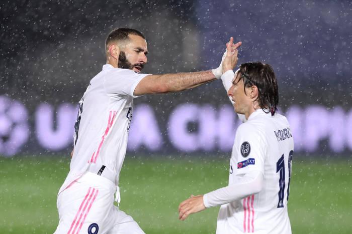 Карим Бензема сравнивает счет в матче