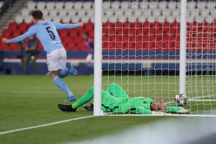 Ассист Зинченко помог Ман Сити обыграть ПСЖ в Лиге чемпионов