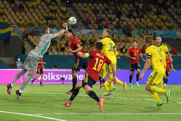 Испания и Швеция сыграли вничью