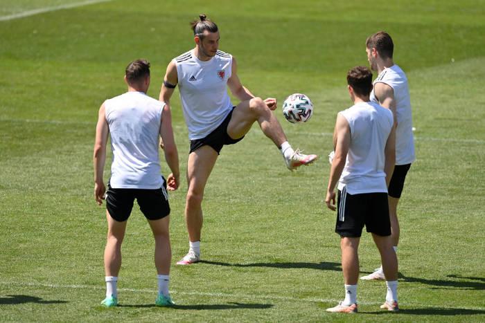 Сборная Уэльса готовится к матчу против Турции