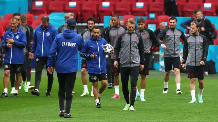 Тренировка сборной Дании перед матчем 1/8 финала Евро-2020