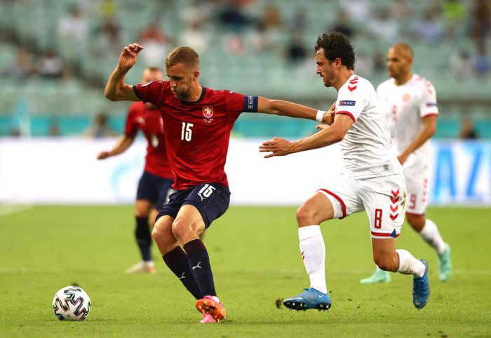 Кадр с матча Чехия - Дания