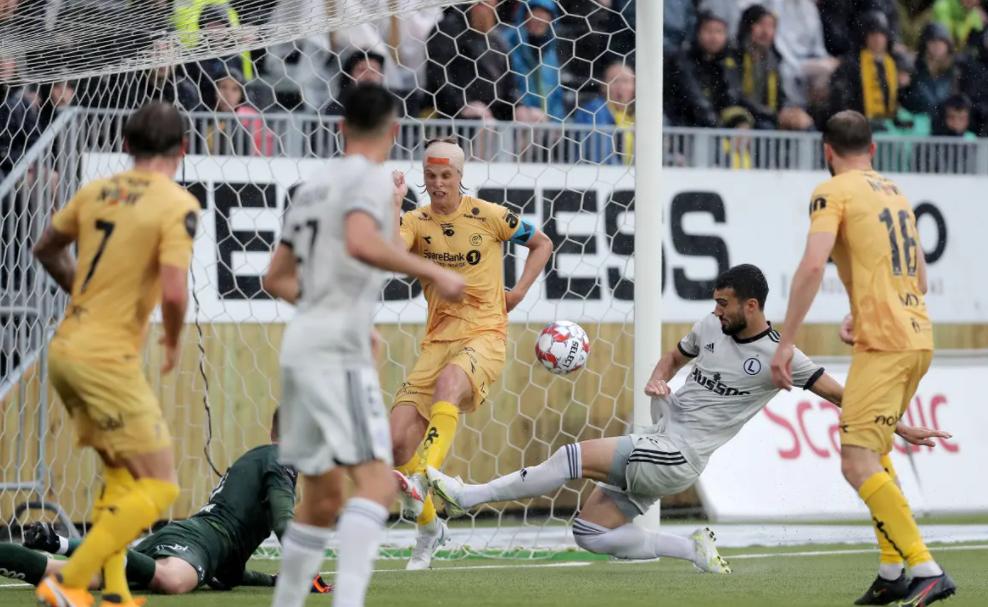 Лига чемпионов: Динамо Загреб в тяжелейшем матче обыграло Валюр