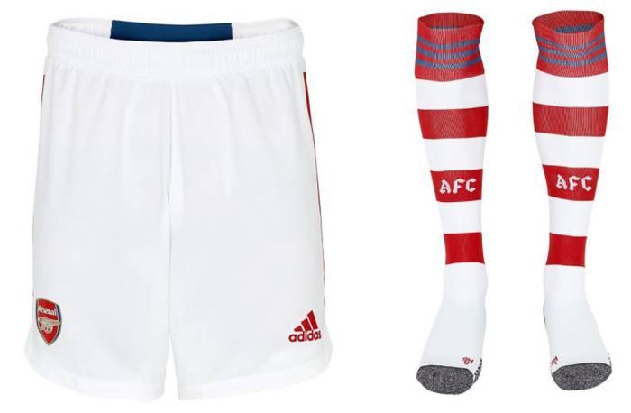 Шорты и гетры новой экипировки Арсенала