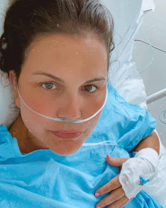 Катя Авейру в больнице