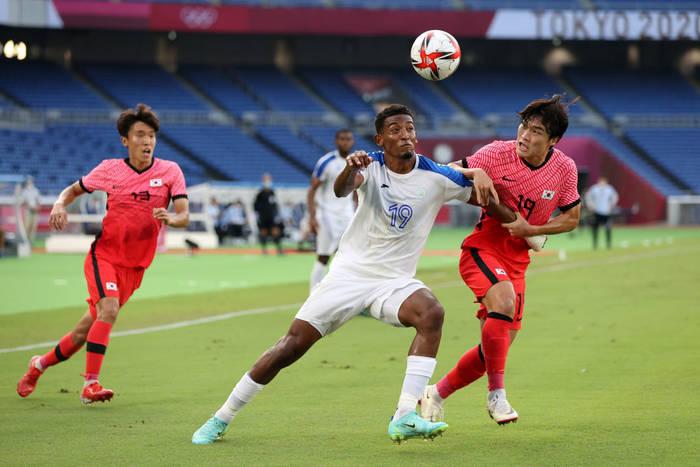 Кадр с матча Южная Корея - Гондурас