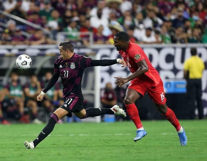 Кадр с матча Мексика - Канада