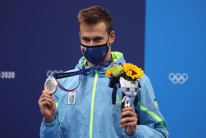Михаил Романчук - один из 216 медалистов ОИ-2020, родившихся в августе