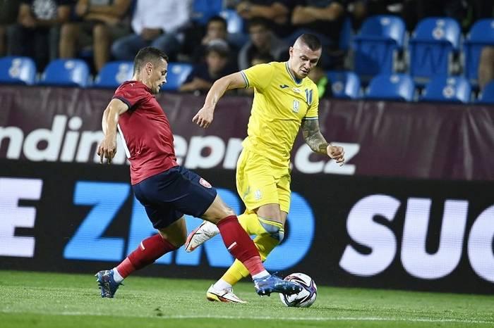 Кадр с матча Чехия - Украина