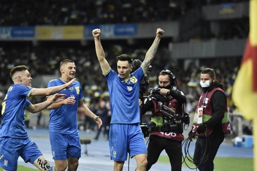 Стал известен стартовый состав сборной Украины на матч с Боснией